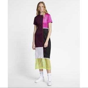 Nike Dresses - Nike Nsw Color-Block Bordeaux Dress